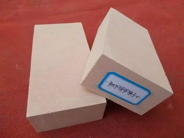 Light Weight Insulating Fire Brick 30 - 35% Al2o3 Content Stable Performance